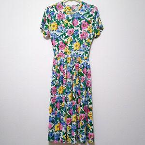 Vintage Expo Petite floral maxi dress